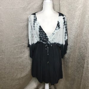 Beach By Exist Black and White Tie Dye Cover up MD